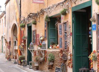 Tiendas pequeñas igual a una mejor economía en la localidad