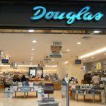 La perfumería Douglas cerrará 60 tiendas en España
