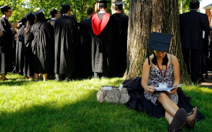 Los jóvenes al salir de la universidad
