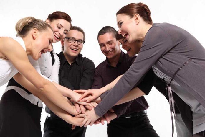 Compañeros o amigos de trabajo