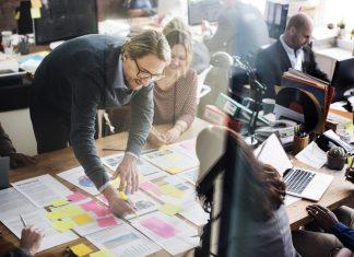 Cómo estimular a los empleados a que compartan sus conocimientos