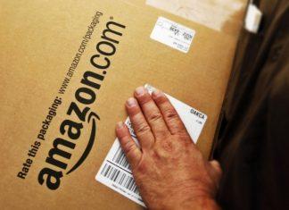Amazon retira productos nazis de su tienda por presiones