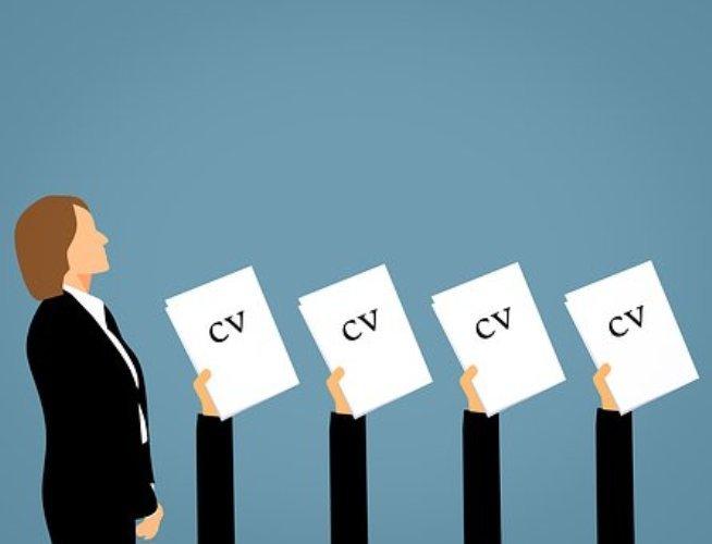 Tips para entregar un CV impecable