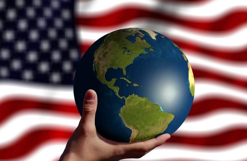 Los países considerados potencias mundiales son considerados así por la influencia que pueden tener sobre el resto del mundo.