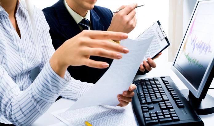 Pymes y autónomos: ponte al día con las obligaciones fiscales antes de las vacaciones