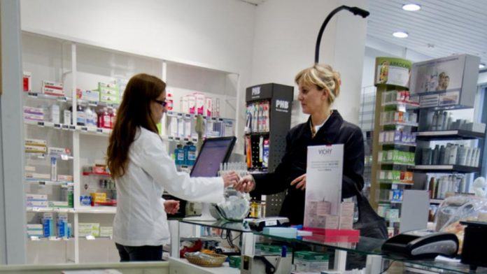 abrir una farmacia