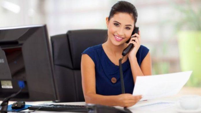 contratar una secretaria