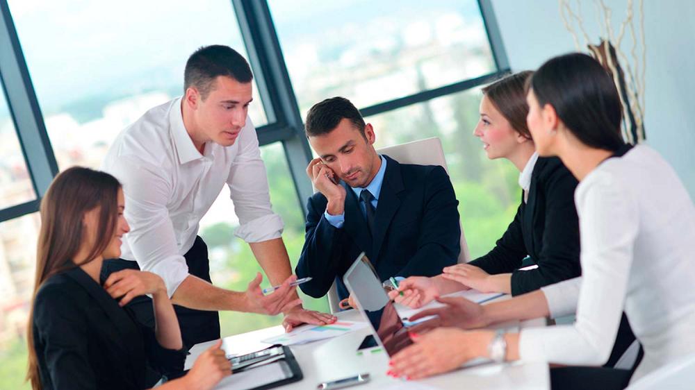 ¿Te cuesta delegar tareas? Sigue estas claves para aprender a delegar y no fracasar en el intento