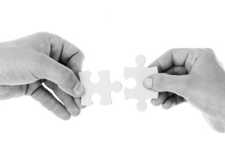 Al momento de explicar los componentes de una empresa; siempre como punto de partida se establecen la importancia tienen los Recursos Humanos. La administración, comercialización y gestión de pequeñas y medianas empresas, tiene como punto de partida consolidar los planes a llevar a cabo de una empresa.